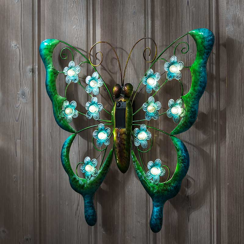 Solar light Butterfly, vegg
